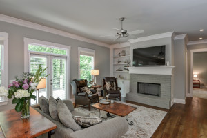 1302 Brooklawn Rd NE, Brookhaven, GA 30319 - Family Room