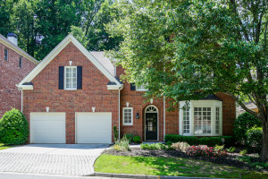 3194 Windsor Lake Drive NE, Brookhaven, GA 30319