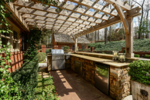 Sandy Springs Real Estate Listing For Sale - Outdoor Kitchen and Bar